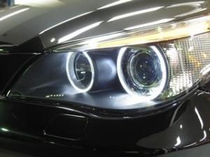 BMW 5シリーズのヘッドライト