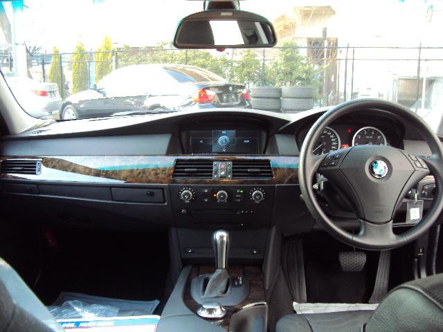 525iビームコンプリート ワンオーナー ブラックレザー車両画像09