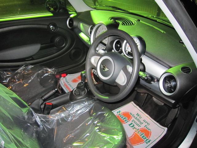 ミニワン車両画像03