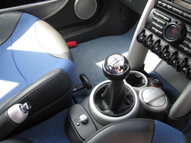 ミニ クーパーS 6SPEED ハーフレザー車両画像05