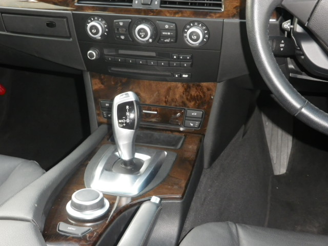 525iハイラインBEAMコンプリートStⅡ 後期モデル 電子シフト コンフォートアクセス車両画像11
