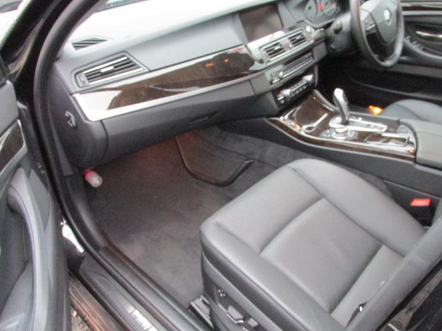 523i ハイラインパッケージ ワンオーナー HDDナビ地デジバックカメラ 低走行 車両画像13