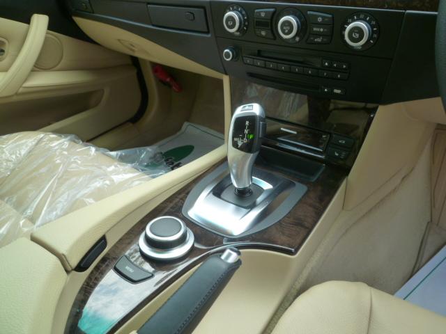 525iハイライン後期モデルBEAMコンプリートカー 電子シフト ベージュレザーシート車両画像09