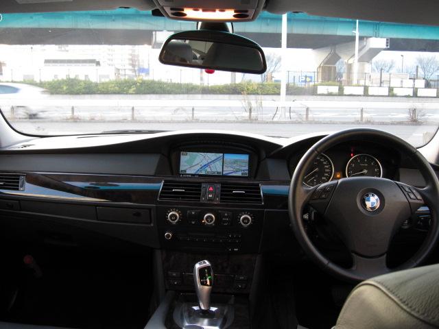 525iハイライン BEAMコンプリート パールホワイトエディション 電子シフト車両画像12