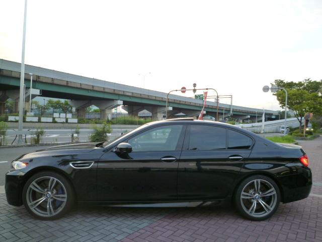 M5 F10 ガラスサンルーフ 右ハンドル ブラックレザー 車両画像07