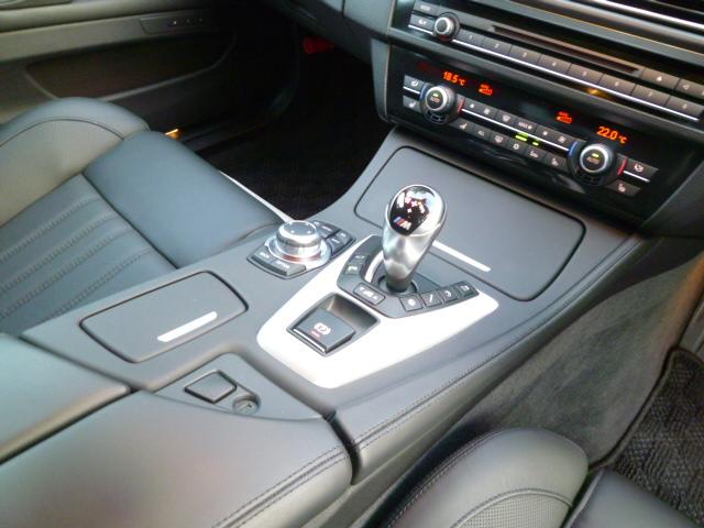 M5 F10 ガラスサンルーフ 右ハンドル ブラックレザー 車両画像13