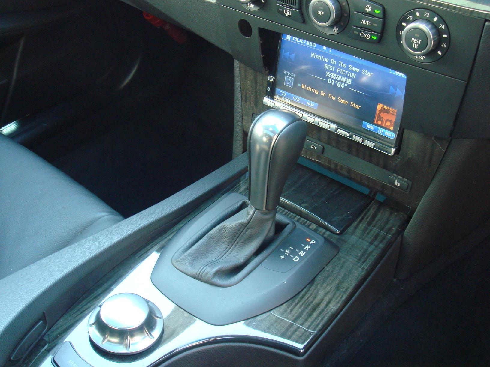 BMW 530i ハイラインパッケージ サンルーフ 後期エンジン車両画像12