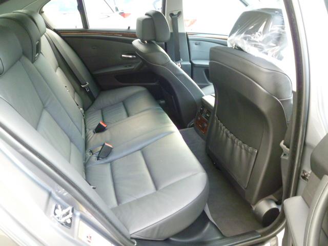 525iハイラインパッケージ 後期モデル 電子シフト ブラックレザー ワンオーナー車両画像13
