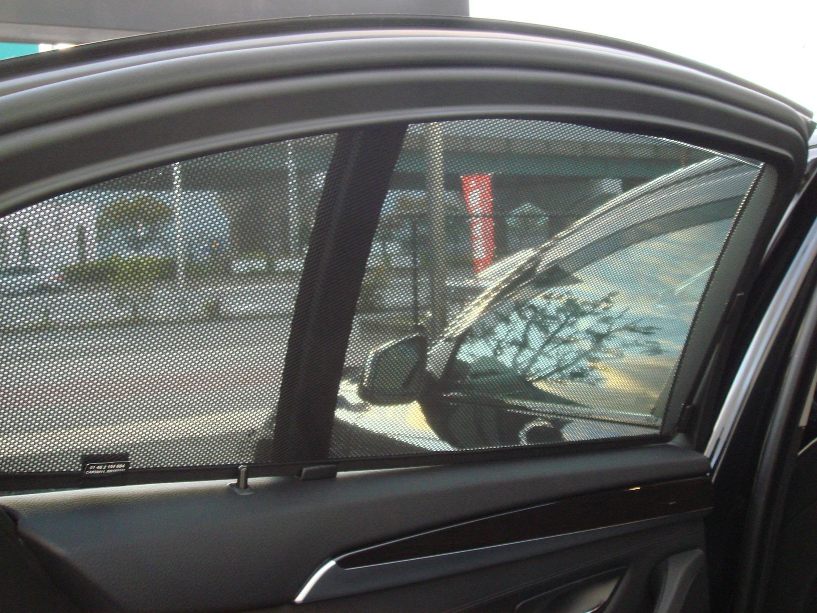 BMW 523iBEAMコンプリートカー ワンオーナー サンルーフ ブラックレザー車両画像13