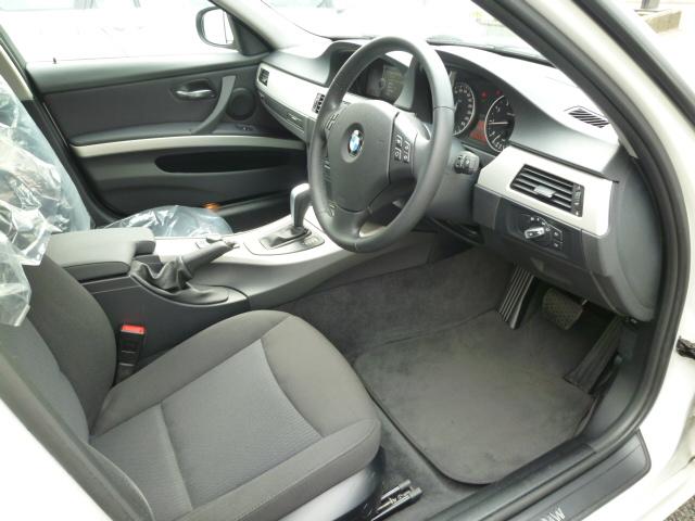 320i LCI ワンオーナー アルピンホワイト HDDナビ HIDライト 期間限定車両画像10