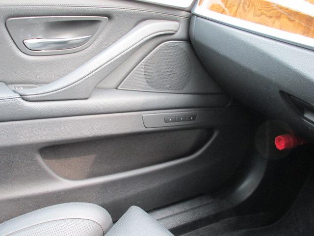 528iツーリング コンフォートパッケージ オートトランク アラウンドビューモニタ車両画像14