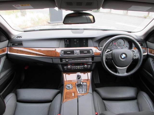 528iツーリング コンフォートパッケージ オートトランク アラウンドビューモニタ車両画像11