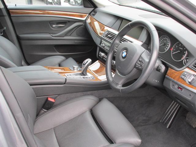 528iツーリング コンフォートパッケージ オートトランク アラウンドビューモニタ車両画像12