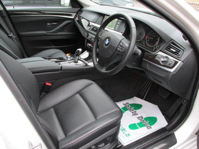 528i ブラックレザー オプション18インチ純正アルミ リアフィルム車両画像11