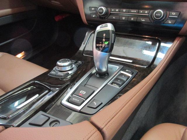 528iBEAMコンプリートカー ブラウンレザー サンルーフ ソフトクローズ車両画像14