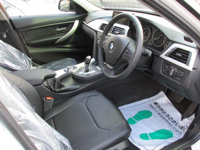 320iBEAMコンプリートカー 20インチアルミ 4本出しマフラー ブラックレザー調シート車両画像11
