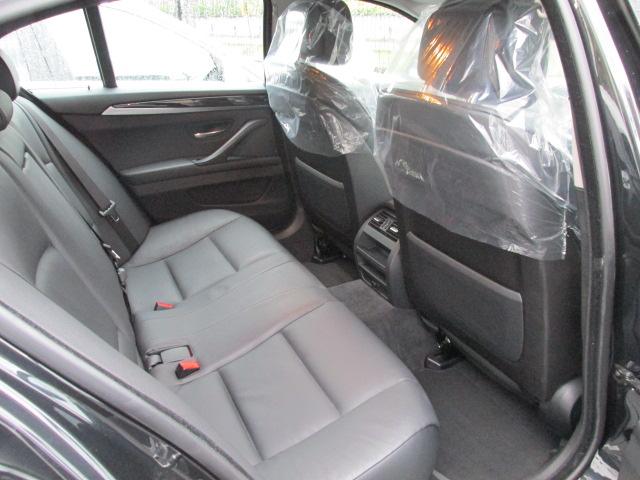 523iBEAMコンプリートカー ワンオーナー アイドルストップ 黒革 2000ccターボ車両画像11