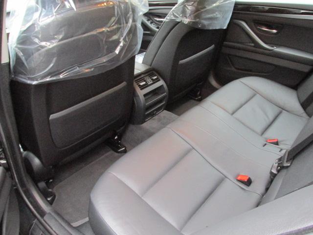 523iBEAMコンプリートカー ワンオーナー アイドルストップ 黒革 2000ccターボ車両画像13