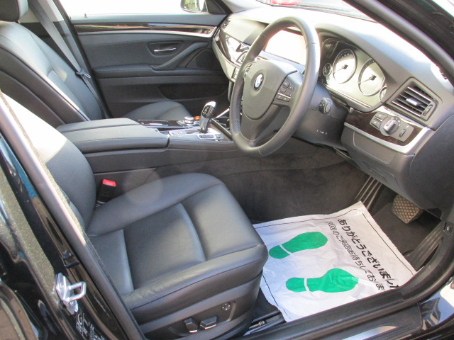 528iBEAMコンプリートカー ブラックレザー ワンオーナー 地デジ バックカメラ車両画像10