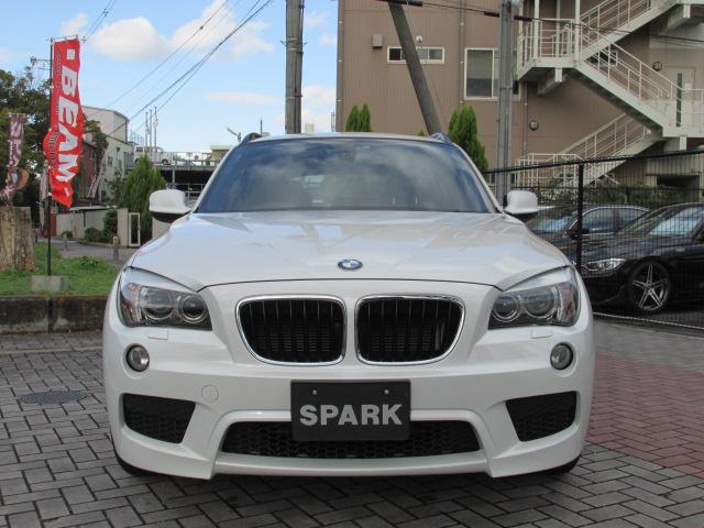 X1 sDrive 18i Mスポーツパッケージ コンフォートアクセス パールホワイト車両画像02