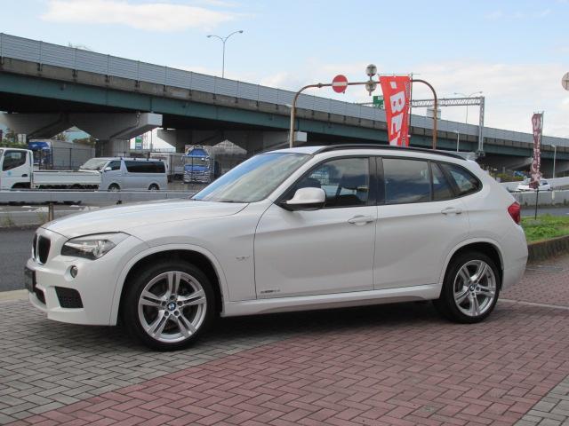X1 sDrive 18i Mスポーツパッケージ コンフォートアクセス パールホワイト車両画像08