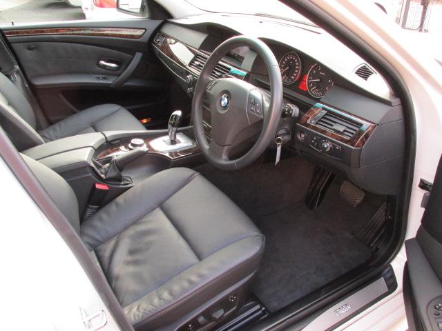 530iLCI BEAMコンプリートカーStⅡ サンルーフ 電子シフト車両画像10