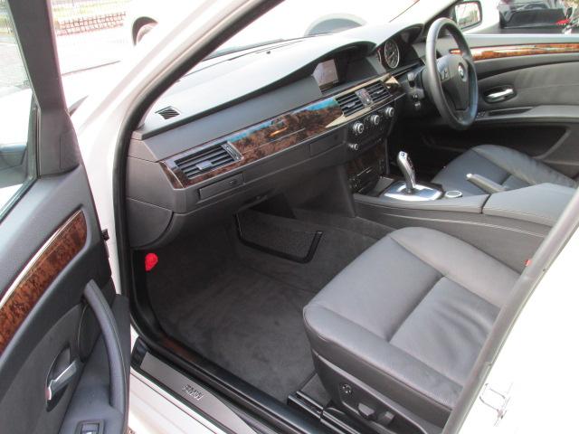 530iLCI BEAMコンプリートカーStⅡ サンルーフ 電子シフト車両画像12