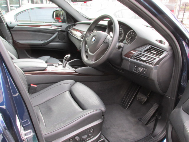 X6 xDrive 35iコンフォートパッケージ 黒革 ワンオーナー 8速AT車両画像11