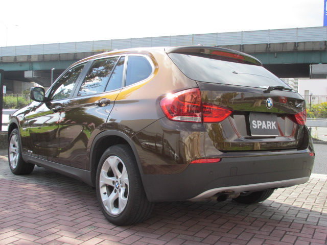 X1 sDrive 18i ハイライン べージュレザー サンルーフ  バックカメラ 純正HDDナビ車両画像07