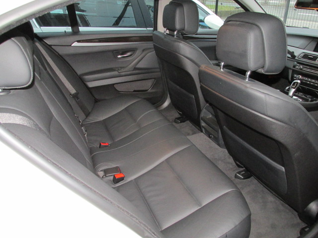 528i BEAMコンプリートカー サンルーフ ブラックレザー車両画像14