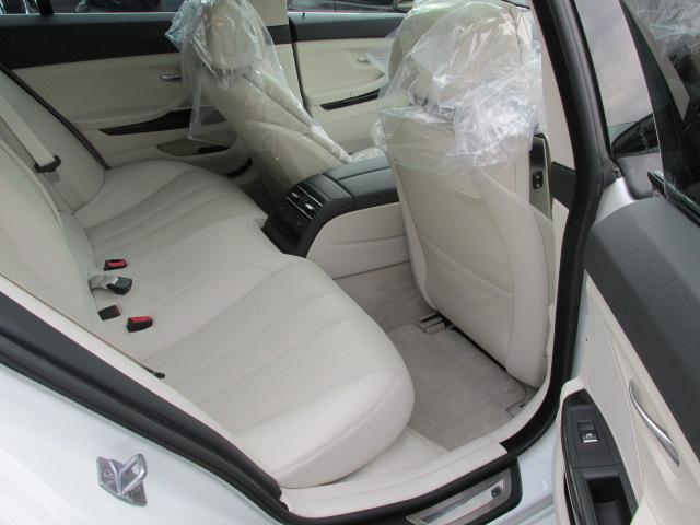 640iグランクーペ BEAMコンプリートカー コンフォートパッケージ LEDヘッドライト SR 白革 ワンオーナー車両画像13