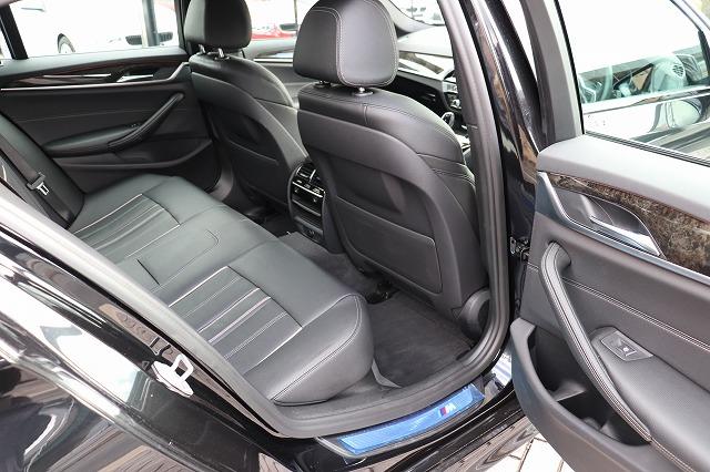 523d Mスポーツ デビューパッケージ ブラックレザー ソフトクローズドア HUD車両画像11