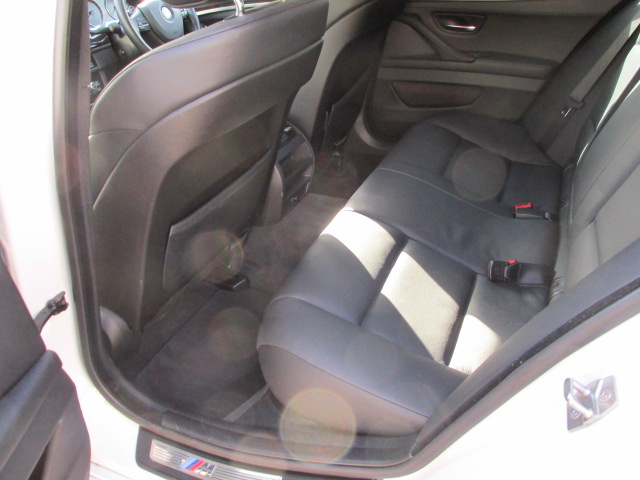 528i Mスポーツ ブラックレザーシート ワンオーナー 右ハンドル 記録簿車両画像15