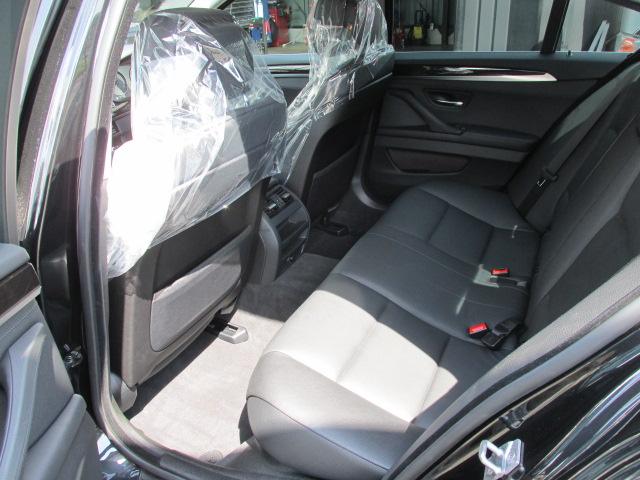 528iBEAMコンプリートカー ブラックレザー パドルシフト 本革レザーステア車両画像14