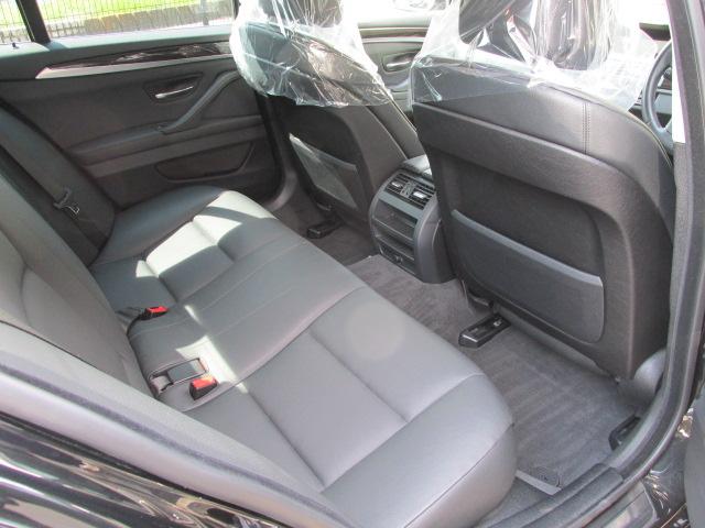 528iBEAMコンプリートカー ブラックレザー パドルシフト 本革レザーステア車両画像12