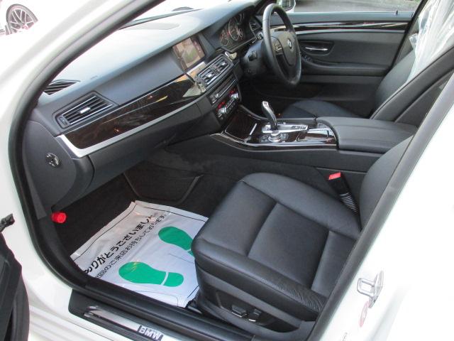 523iハイラインBEAMコンプリートカ ブラックレザー 2000ccターボ  サンルーフ車両画像12