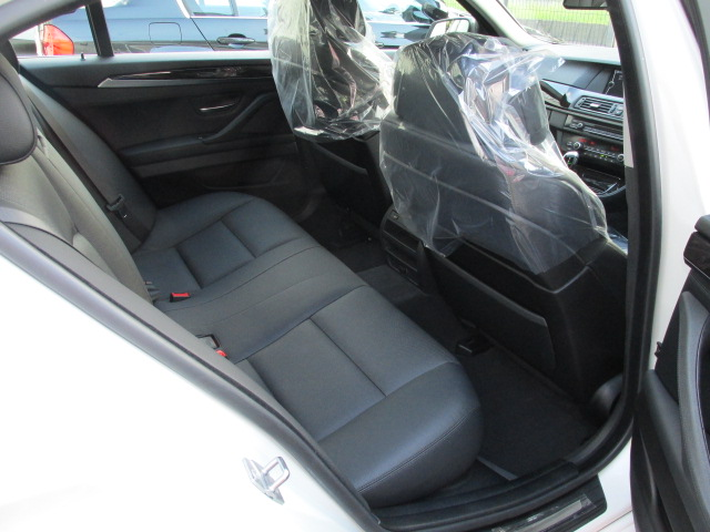 528iBEAMコンプリートカー コンフォートパッケージ サンルーフ パール車両画像12