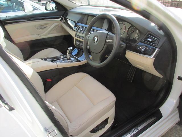 528i BEAMコンプリートカー ワンオーナー ターボ ツートンベージュインテリア車両画像11