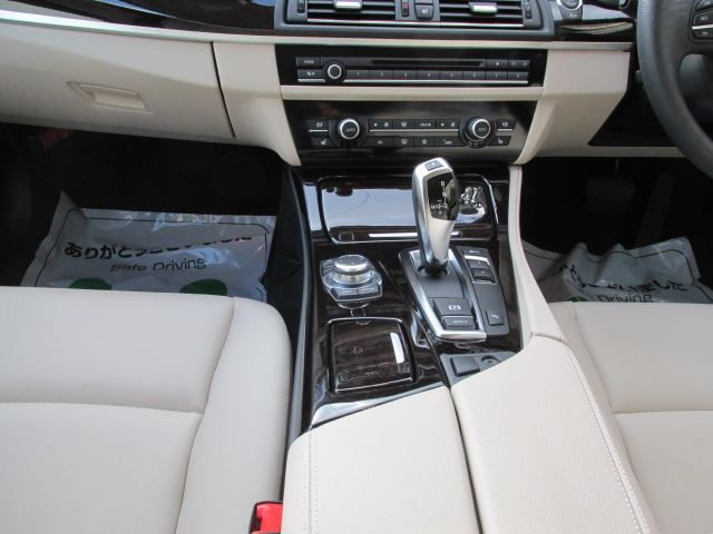 528i BEAMコンプリートカー ワンオーナー ターボ ツートンベージュインテリア車両画像15