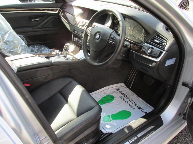 523iツーリング ハイライン BEAMコンプリートカー パノラマサンルーフ ブラックレザー車両画像11