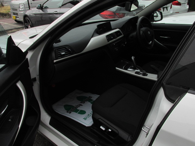 420iグランクーペ NEW idrive 衝突軽減ブレーキ 追従クルーズコントロール車両画像13