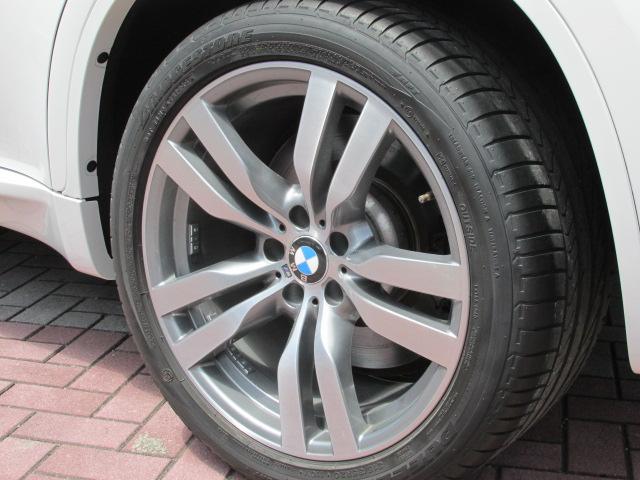 X6 M ホワイトレザー パワーゲート  アラウンドビューカメラ ソフトクローズドア車両画像15
