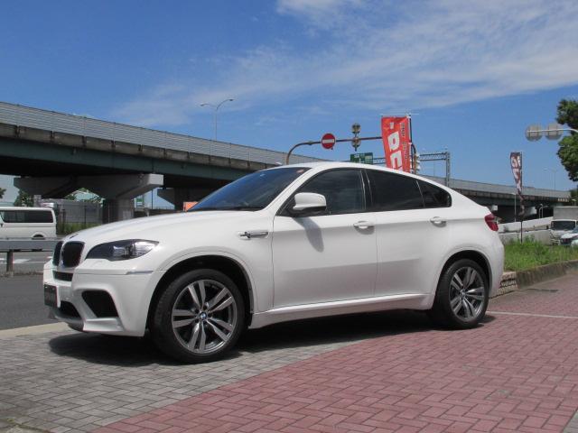 X6 M ホワイトレザー パワーゲート  アラウンドビューカメラ ソフトクローズドア車両画像08