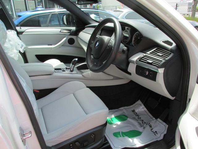 X6 M ホワイトレザー パワーゲート  アラウンドビューカメラ ソフトクローズドア車両画像11