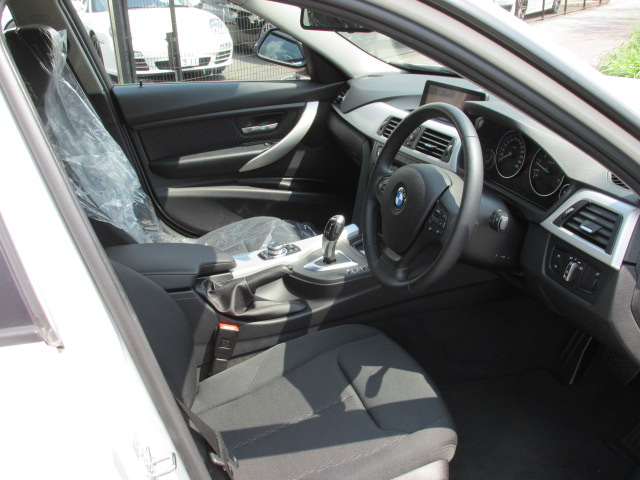 320d ブルーパフォーマンス BEAMコンプリートカー 20インチAW車両画像08