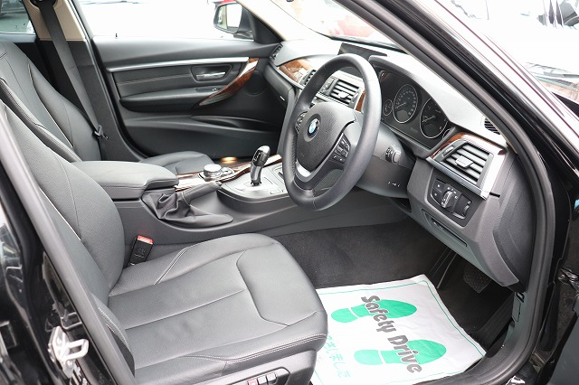 320d ラグジュアリー BEAMコンプリートカー後期モデル 黒革 LEDヘッド ACC車両画像11
