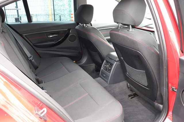 320dスポーツ BEAMコンプリートカー ブルーパフォーマンス コンフォートアクセス車両画像10