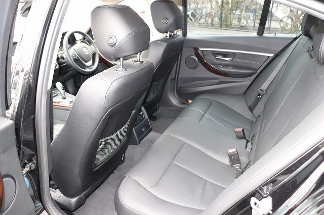 320d ラグジュアリー BEAMコンプリートカー後期モデル 黒革 LEDヘッド ACC車両画像14