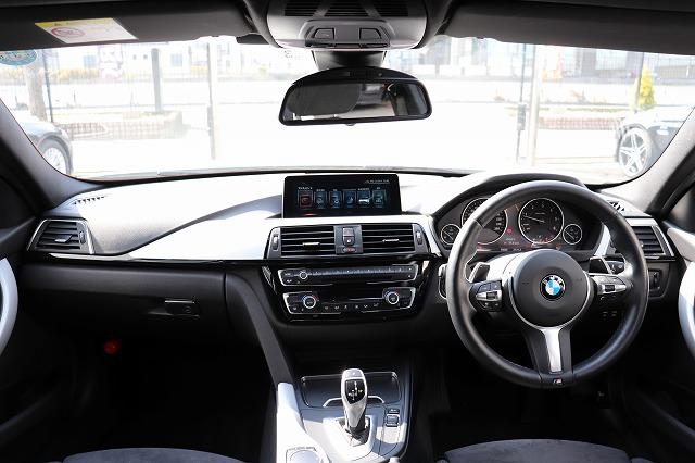 320dツーリング Mスポーツ LCIモデル レーンチェンジウォーニング LED車両画像06