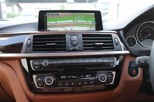320iラグジュアリーBEAMコンプリートカー 茶革 ヘッドアップディスプレイ 全周囲カメラ車両画像11